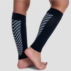 Remedy Calf Compression Sleeve Socks, Black, M